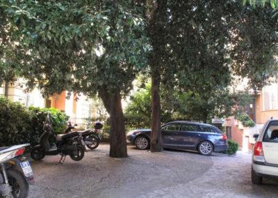 Esterni dello Studio Parcheggio